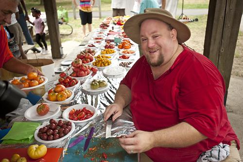 The tomato guru, himself.